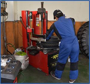 タイヤの修理1
